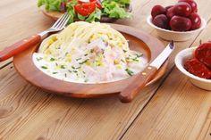 Die Linguine mit Lachs-Sahne-Sauce schmecken richtig schön fischig. #nudel #linguine #pasta #lachs #fisch