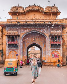 Jaipur, Rajasthan Pic credit :- theviewswechase – – Best in Travel – The best places to visit in 2020 Jaipur Travel, India Travel, India Trip, Wanderlust, Magic Places, India Architecture, Backpacking India, India Culture, Visit India