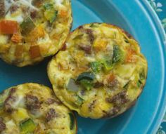 Muffin Tin Eggs are a great easy way to make breakfast! These are Zero Points on Weight Watchers FreeStyle Plan and a delicious meal option! This is a great FreeStyle Plan or Flex Plan Recipe for Weight Watchers! Only 4 SmartPoints or 4 PointsPlus on othe Menu Weight Watchers, Weight Watchers Breakfast, Weight Watchers Smart Points, Weight Watcher Dinners, Weight Watchers Lunches, Ww Recipes, Cooking Recipes, Healthy Recipes, Free Recipes