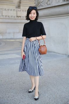 https://www.popsugar.co.uk/fashion/photo-gallery/43329029/image/43329042/Gingham-Street-Style-Outfits