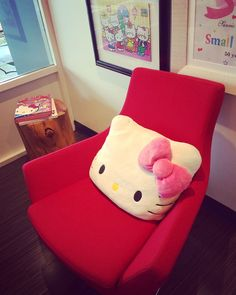 This supercute (and super comfy) chair is one of the many seating options in Sanrio HQ.   Adorable!