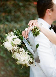 Photography: Clayton Austin - loveisabird.com Floral Design: Without Wax Katy - www.withoutwaxkaty.com