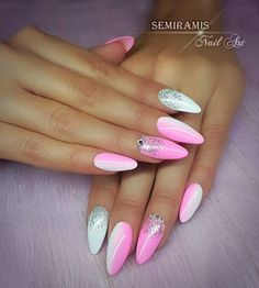 White&pink ombre nails