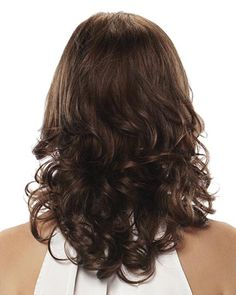 Love Layered Hair:- These 17 Medium Layered Hairstyles Will Wow You Oval Face Hairstyles, Wedge Hairstyles, Layered Bob Hairstyles, Braided Hairstyles, Blonde Hairstyles, Wedding Hairstyles, Medium Layered Haircuts, Haircuts For Medium Hair, Medium Hair Styles