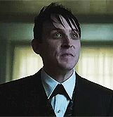 Robin Lord Taylor GIF HUNT This gif hunt contains gifs of Robin Lord Taylor. Penguin Gotham, Lord & Taylor, Robin, Image, European Robin, Robins