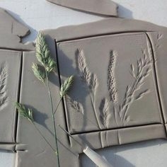 Meadow botanical tiles in the making! 2019 Meadow botanical tiles in the making! The post Meadow botanical tiles in the making! 2019 appeared first on Clay ideas. Slab Pottery, Ceramic Pottery, Pottery Art, Pottery Houses, Pottery Ideas, Diy Clay, Clay Crafts, Arts And Crafts, Clay Tiles