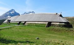 Archaeologists from the science museum in Trondheim have located the foundations of two large houses from the Iron Age, close to one of the . Lofoten, Used Metal Detectors, Viking Images, Viking Museum, Viking House, Building Painting, Long House, Norse Vikings, Trondheim