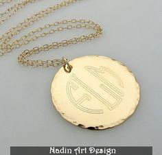Goldene Bettelkette mit 3-Initialen-Monogramm von EngravedJewelry auf DaWanda.com