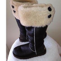 http://fancy.to/rm/465654972848015467   Tip: Ugg Boots (Dark Brown)