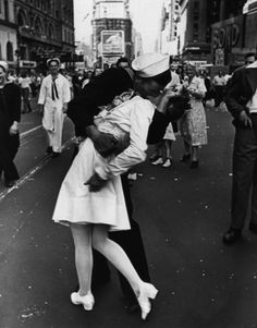 My fav photo of all time!!! Alfred Eisenstaedt captured a sailor kissing a nurse in Times Square on V-J Day in 1945. The photo appeared on the cover of Life magazine. (Alfred Eisenstaedt/Life Magazine)