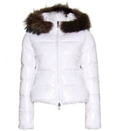 Duvetica Duvetica Adhara Quilted Down White Jacket: Padded with goose-down for optimum insulation, this coat features a detachable racoon-fur trim. White, high-shine lightweight fabric, two-way centre-front fastening, zip front pockets and elasticated hemline.