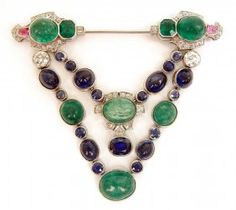 Art Deco platinum, diamond, emerald and sapphire brooch : Lot 345