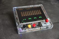 Gaming Desks Retro Gaming Arcade Console with Raspberry Pi (RetroPie) Retropie Arcade, Bartop Arcade, Arcade Console, Arcade Games, Computer Projects, Electronics Projects, Computer Diy, Led Projects, Electrical Projects