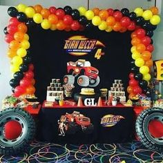 Ideas de Cumpleaños Fiesta Blaze the Monster Machine Hot Wheels Party, Hot Wheels Birthday, Race Car Birthday, Cars Birthday Parties, Birthday Party Invitations, 4th Birthday, Festa Monster Truck, Monster Trucks, Monster Truck Birthday