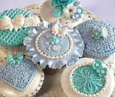 Katy Sue Designs Silicone CAKE & CUPCAKE ICING MOULDS & EMBELLISHMENT MATS