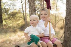 Fotografía de #Familia en #Castellón y #Valencia - Reportajes para niñas y niños en el bosque - #retrato #portrait #kids #fashion