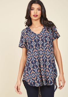 Packing Preserves Floral Top in Tiled Garden. Clad in the comforts of this feminine T-shirt, you spend the day jarring your coveted jams and jellies. #black #modcloth