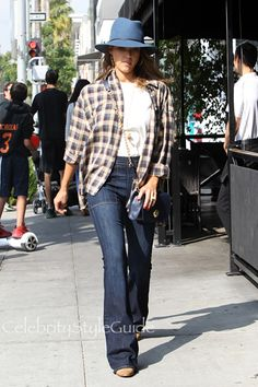 She Has A Flare For Fashion! Jessica Alba Rocks Bell Bottom Jeans For A Stylish Shopping Trip
