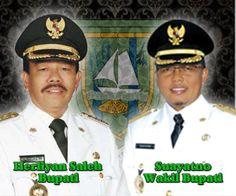 """Kita mendesak Bupati mencabut Peraturan Bupati Tahun 2001 tentang larangan penambangan pasir di  Pulau Rupat,"" kata Abdul Kadir."