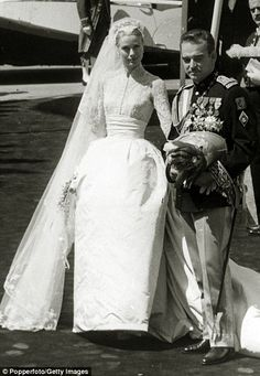 Grace Kelly The tulle gown was the work of MGM Studios designer Helen Rose who also made the pale pink number worn for the civil ceremony