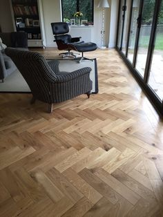 European Oak Engineered parquet herringbone with bevelled edge. European Oak Engineered parquet herringbone with bevelled edge. Decking of a residence is one of the most remarkable int. Engineered Wood Floors, Timber Flooring, Hardwood Floors, Concrete Floors, Flooring Ideas, Natural Oak Flooring, Karndean Flooring, Planchers En Chevrons, Parquet Chevrons
