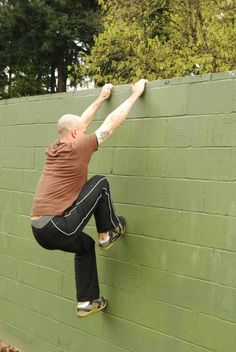 Parkour Wall-Climb Technique - I need to try this, it would speed my time up a bunch on race day if I could vault over walls like this.