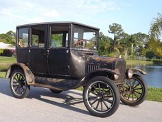 A 1913 Model T Ford The car that established a mass market for automobiles the Model T was introduced on Oct. 1 1908. The first Model T had a 20u2026 & A 1913 Model T Ford The car that established a mass market for ... markmcfarlin.com