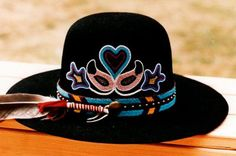 to native american floral beadwork designs patterns native beadwork Native Beadwork, Native American Beadwork, Native American Indians, Indian Beadwork, Native American Clothing, Native American Fashion, Native Fashion, Boho Fashion, Beaded Hat Bands