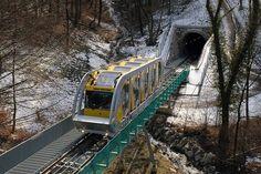 Hungerburgbahn Innsbruck | Innsbruck, Hungerburgbahn (Standseilbahn), 04.01.2008 - Bahnbilder.de