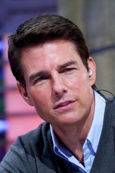 """Tom Cruise Photos - Tom Cruise attends """"El Hormiguero"""" Tv show at Vertice Studio on December 2012 in Madrid, Spain. - Tom Cruise on Spanish TV Top Hollywood Actors, The Hollywood Vampires, Hollywood Stars, Celebrity Dads, Celebrity Crush, Celebrity Style, Tom Cruise Young, Ton Cruise, Z Cam"""