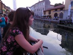 Watching opening night at the World Cup on the Porta Ticenese canal, Milan, 2014. © 2014 Stella Lucente, LLC www.learntravelitalian.com