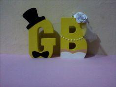 Letras 3d de Papel Tema: Noivado Altura: 20 cm Com seu material 7.00 R$ cada. Com meu material 10.00 R$ cada.