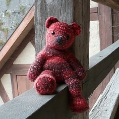 If anyone knows where to get a simple teddy bear pattern please let me know.  This guy is cute. :3