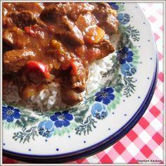 Het recept dat ik altijd gebruik voor zelfgemaakte Hongaarse goulash met rijst.