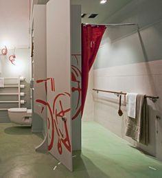 Para reinterpretar la accesibilidad desde la normalidad, el baño Metro Akcesible. Un diseño útil, bonito y al alcance de la mayoría.