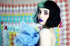 Melanie Martinez Reprint SIGNED Poster Photo RP Dollhouse The Voice Cry Baby High quality image! Great selection of celebrities! Melanie Martinez Makeup, Melanie Martinez Songs, Pity Party, Adam Levine, Hayley Williams, Paramore, Avril Lavigne, Cry Baby, Adele