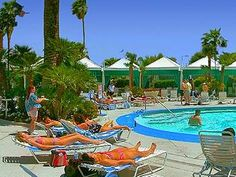 Bally's Hotel Las Vegas Swimming Pool ideal in the hot summer.