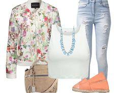 Die Kombination von High #Waist #Jeans mit #Crop Top und #Blumenjacke macht das ##Outfit zu einem Hingucker unter den #Frühlingslooks. ♥