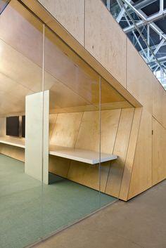 8_Studio-Sarah-Willmer_Atlassian-Offices_Amphitheater-Conf-Rm-Detail.jpg (683×1024)