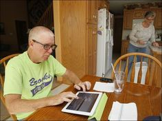 Lou Gehrig's disease stills man's voice, but not his spirit, will to live; Oak Harbor resident, family volunteer for research