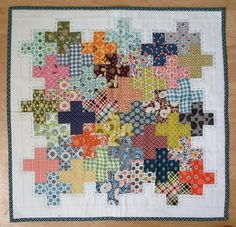 DS Doll quilt swap   Flickr - Photo Sharing! Love this quilt and love the gray stitching