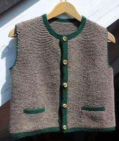 Trachtenmode - Fesche Trachten-Strickweste - ein Designerstück von bettinchen bei DaWanda