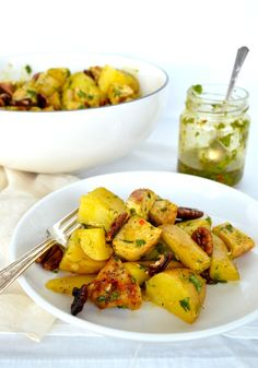 Curried Grilled Chicken Potato Salad is a pretty epic candidate for your next meal giving you an amazing variety of textures and flavors derived from some relatively simple ingredients, Chicken Potato Salad, Chicken Potatoes, Chicken Salads, Asian Chicken Recipes, Asian Recipes, Ethnic Recipes, Easy Summer Dinners, Simple Green Salad