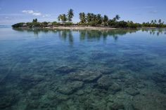 Picture of Tide dropping over transparent, crystal clear water - Kiribati - Oceania