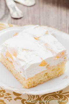 Kommt immer gut an, und schmeckt natürlich auch mit Mandarinen, Aprikosen oder Kirschen Easy Cheesecake Recipes, Cake Mix Recipes, Easy Cookie Recipes, Cupcake Recipes, Dessert Simple, Cake Mix Cookies, Cookies Et Biscuits, Easy Vanilla Cake Recipe, Sour Cream Cake