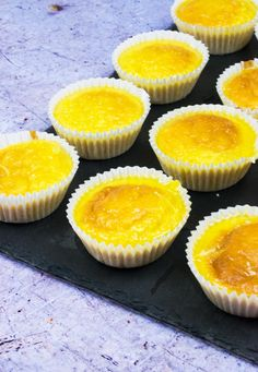 These SYN Orange Drizzle Cupcakes are a tasty low syn baking recipe. Perfect for Slimming World taster evenings or as a low syn choice to satisfy your sweet tooth. Slimming World Taster Ideas, Slimming World Puddings, Slimming World Cake, Slimming World Desserts, Slimming Recipes, Slimming Workd, Delicious Cookie Recipes, Cupcake Recipes, Baking Recipes