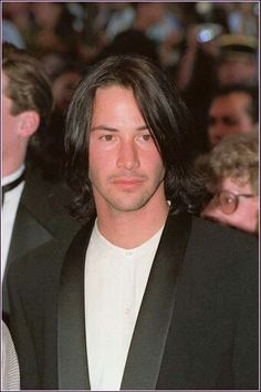 Keanu Reeves 1993 wow. just wow.