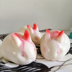 I made milk jelly for the first time testing out this cute bunny mold. I tried to paint their eyes red in the mold but it bled while setting so now they're Kratos bunnies Milk Jelly, God Of War, Cute Bunny, Piggy Bank, First Time, Bunnies, Paint, Bird, Eyes