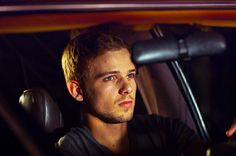Max Thieriot ~ House at the End of the Street