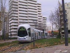 Lyon-Debourg - La Doua IUT Feyssine